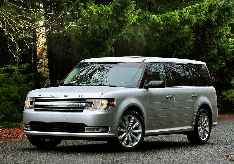 HEELS ON WHEELS: 2013 FORD FLEX REVIEW