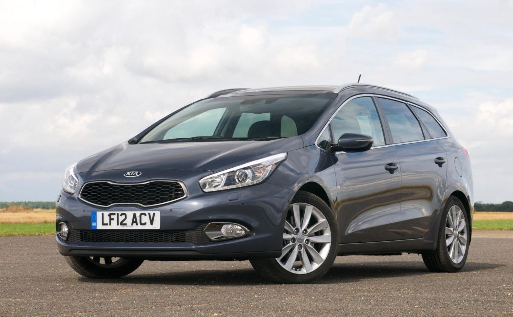 kia cee 39 d sportswagon achieves diesel car magazine 39 best estate car award 39 of 2013