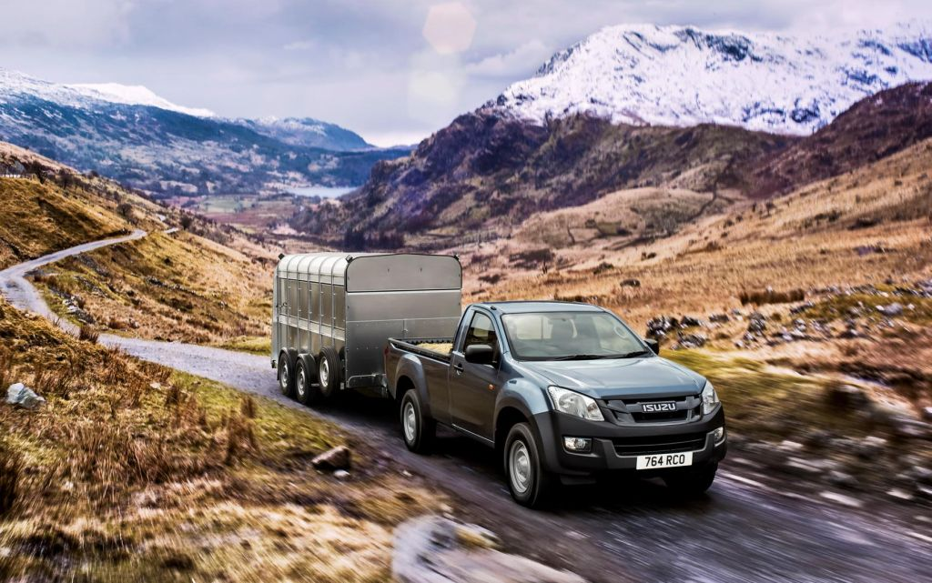 images of isuzu d max tows its way to the top of pick up segment