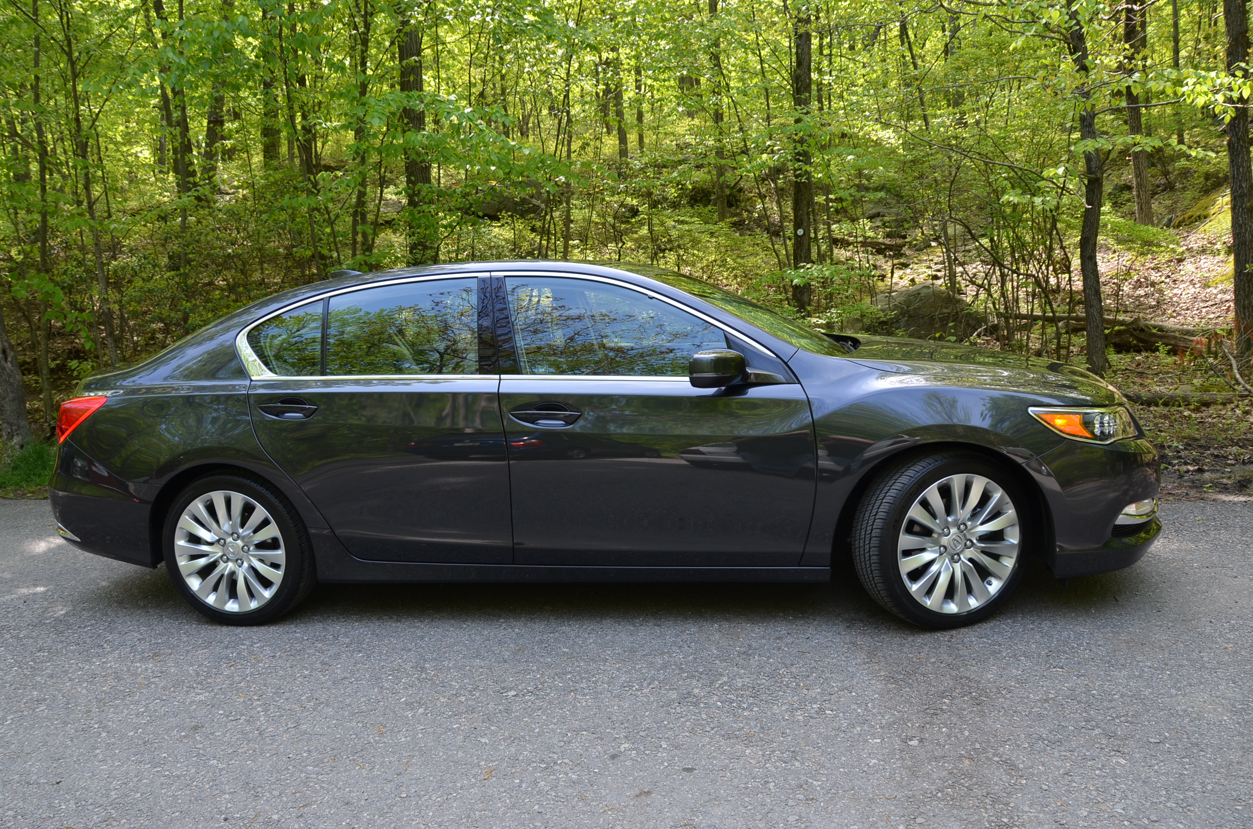 acura rlx review acura rlx car pricing photos and specs. Black Bedroom Furniture Sets. Home Design Ideas