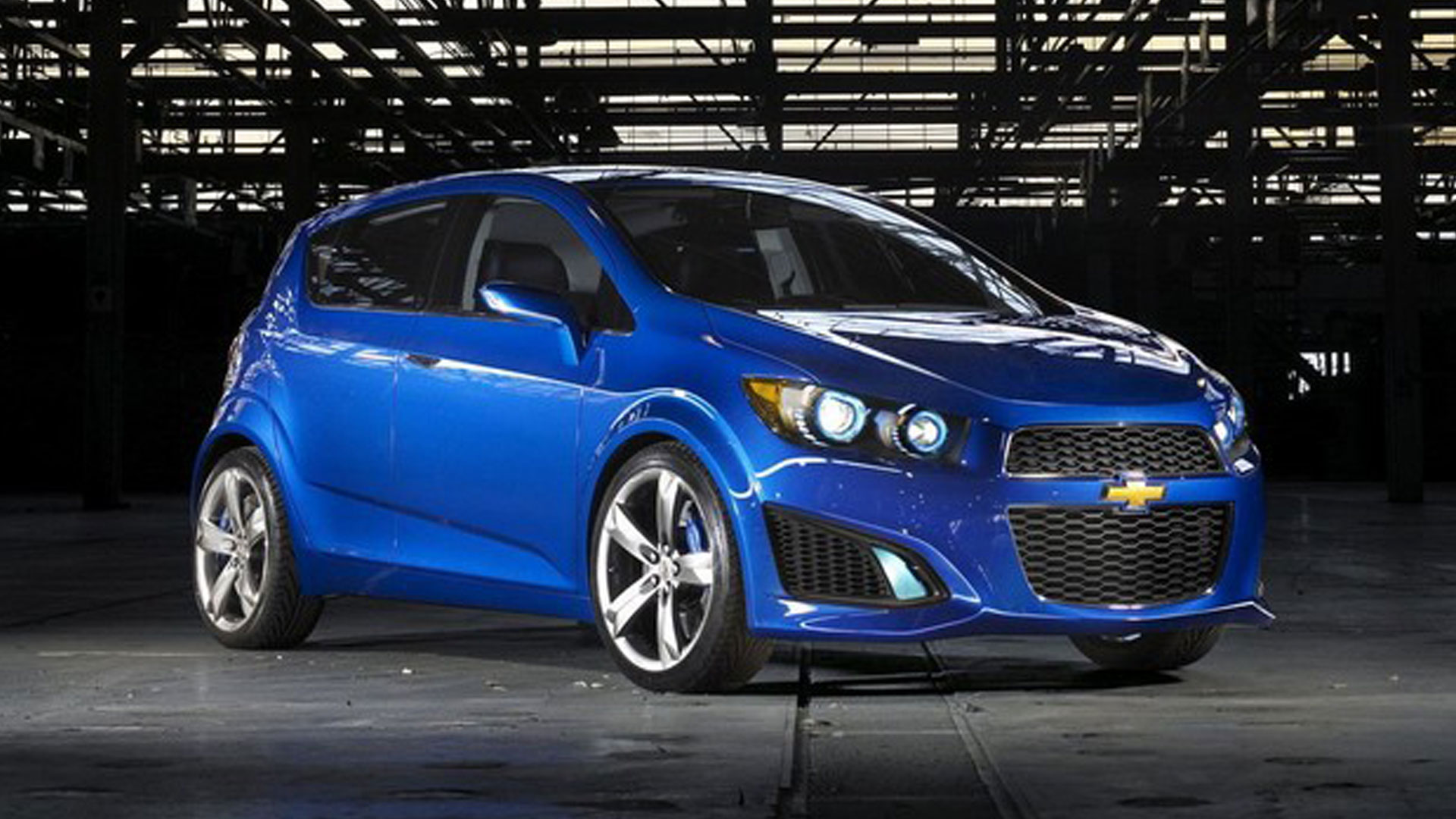 2013 Chevrolet Sonic RS Heels on Wheels Review