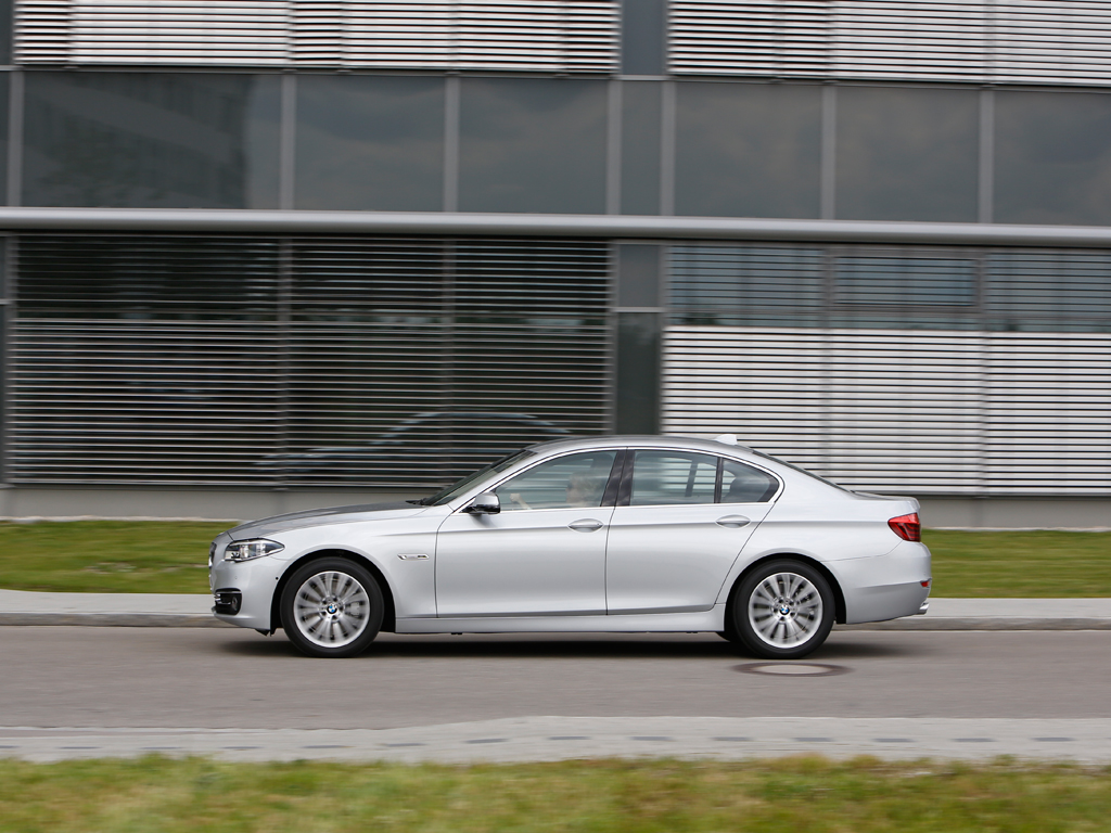 2014 bmw 5 series first drive by henny hemmes. Black Bedroom Furniture Sets. Home Design Ideas