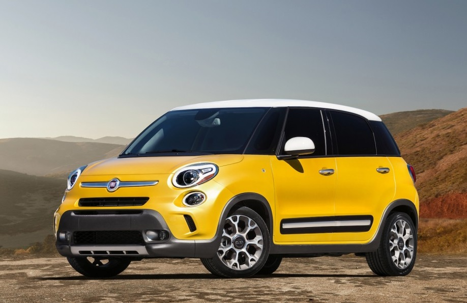 Fiat 500l Price Photos And Specs Car And Driver Auto
