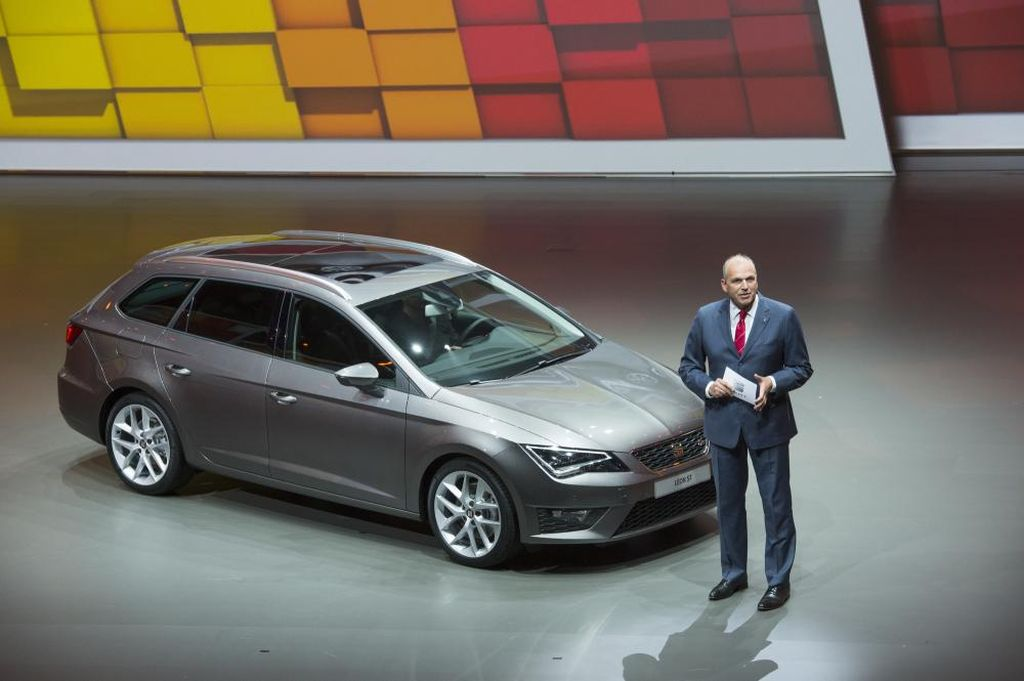 World Debut For Seat Leon ST At The 2013 Frankfurt Motor Show