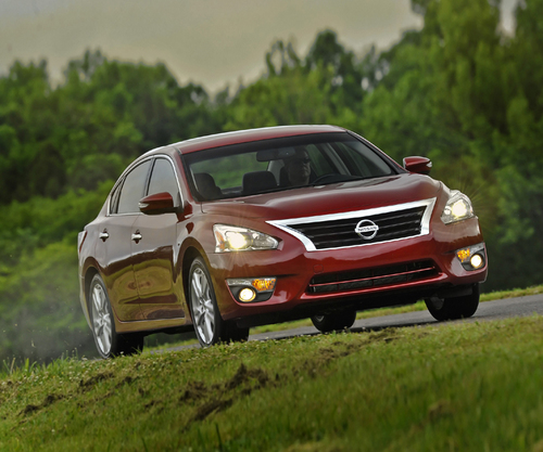 2014 nissan altima 2 5 sl review by carey russ. Black Bedroom Furniture Sets. Home Design Ideas