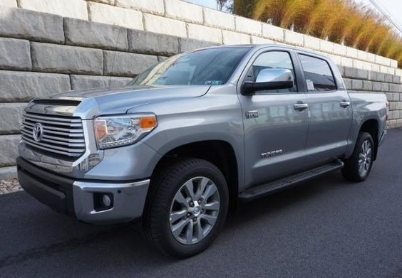 2014 Toyota Tundra V8 Powered 4X4 Limited Crewmax Version With Premium  Package