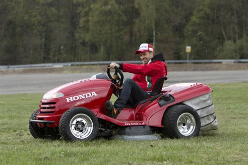 Honda Discount Parts Tiago Monteiro with the Honda Mean Mower--The World's ...
