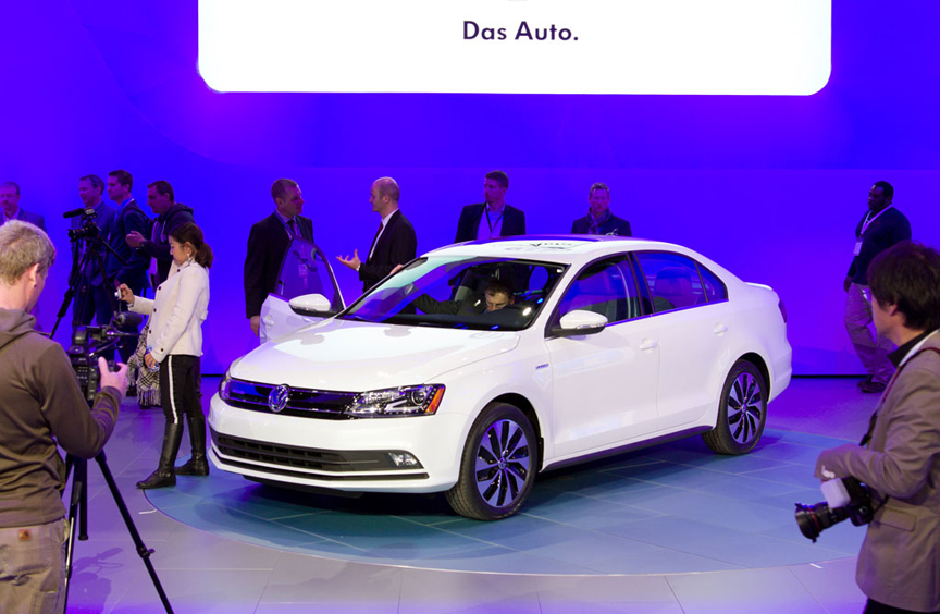 2015 Volkswagen Jetta - What's New Is What You Don't Always See +VIDEO