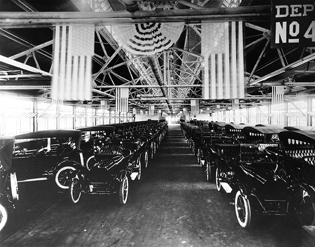 114517-dodge-100-years-how-two-brothers-rose-to-forefront-automotive.2-lg.jpg
