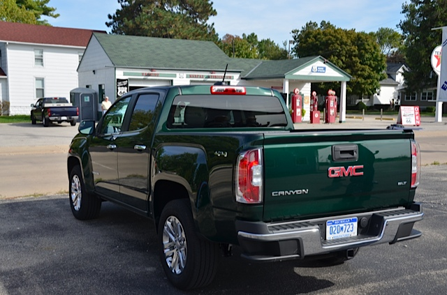 Truck Review: 2015 Chevrolet Colorado and 2015 GMC Canyon ...