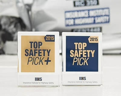 2015 iihs top safety picks select to view enlarged photo. Black Bedroom Furniture Sets. Home Design Ideas
