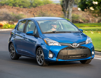 2015 toyota yaris se review by carey russ video. Black Bedroom Furniture Sets. Home Design Ideas