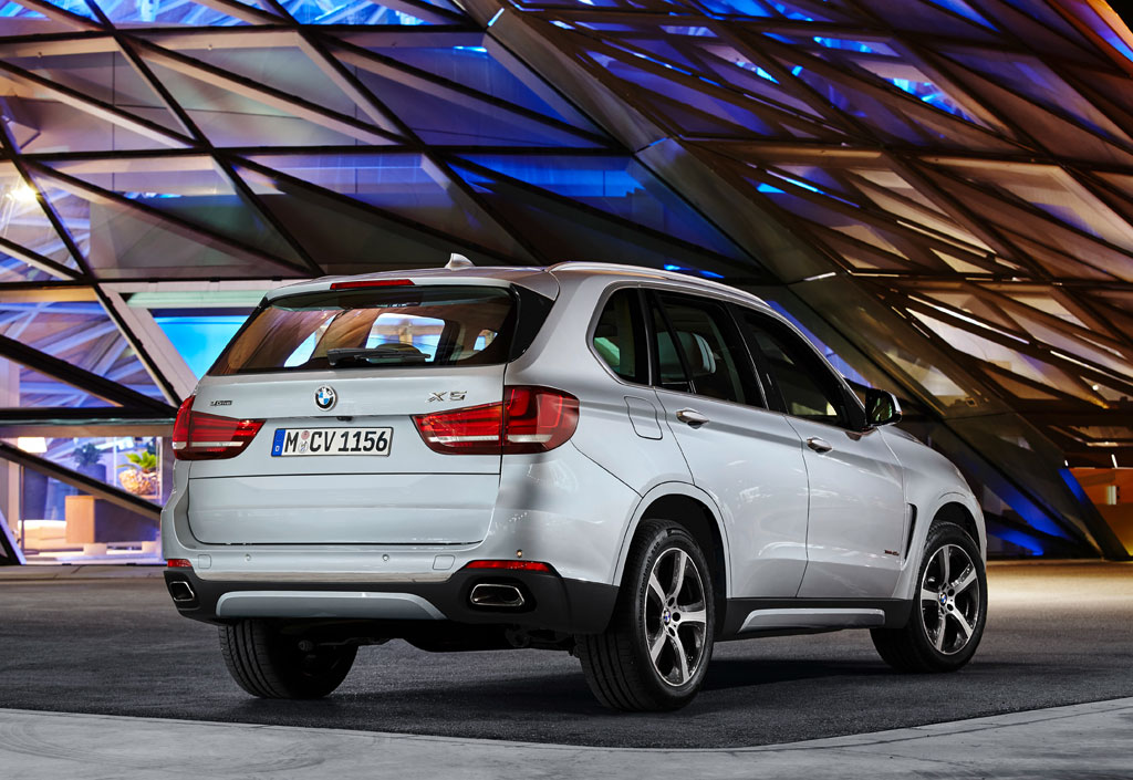 first look 2016 bmw x5 xdrive 40e plug in suv. Black Bedroom Furniture Sets. Home Design Ideas