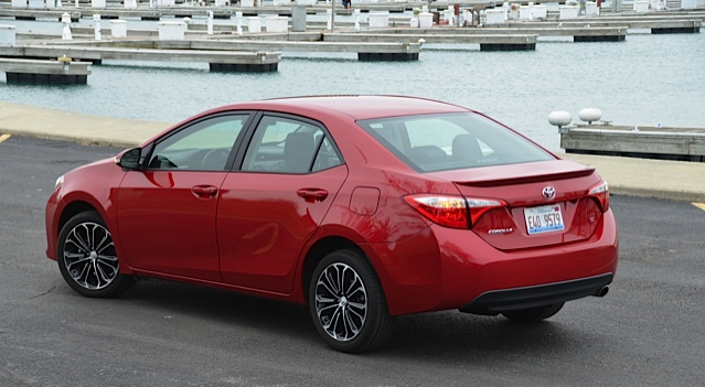 2015 toyota corolla review by larry nutson. Black Bedroom Furniture Sets. Home Design Ideas