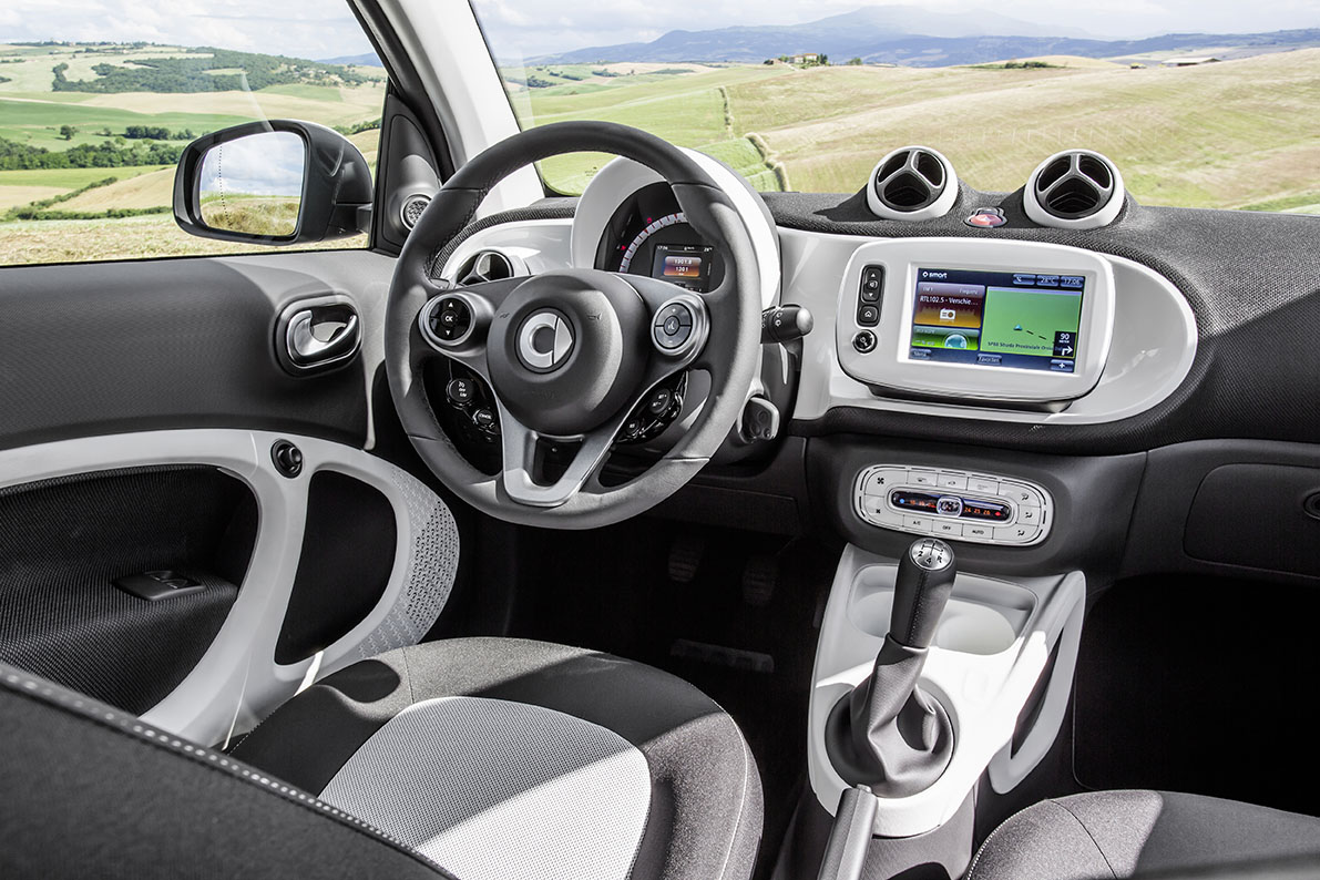 first drive review 2016 smart fortwo and 2016 smart forfour by henny hemmes. Black Bedroom Furniture Sets. Home Design Ideas