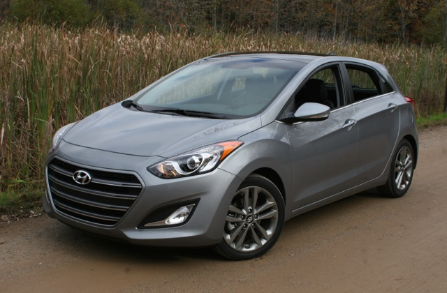 2016 hyundai elantra review by steve purdy. Black Bedroom Furniture Sets. Home Design Ideas