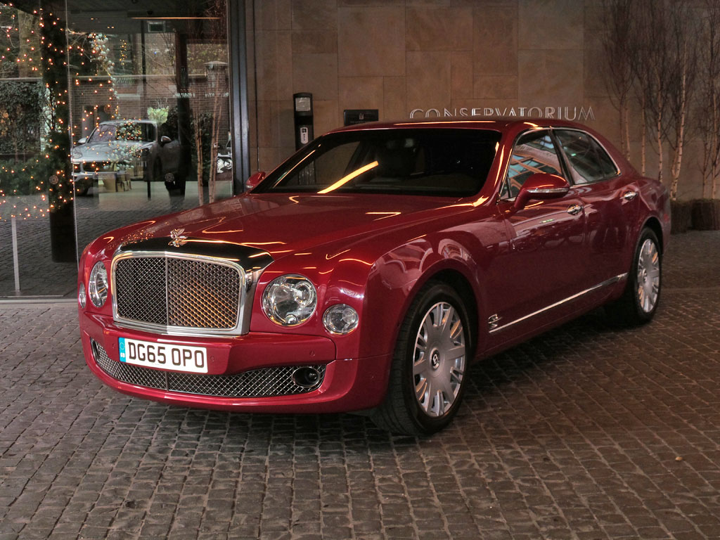 first drive review 2016 bentley mulsanne speed. Black Bedroom Furniture Sets. Home Design Ideas