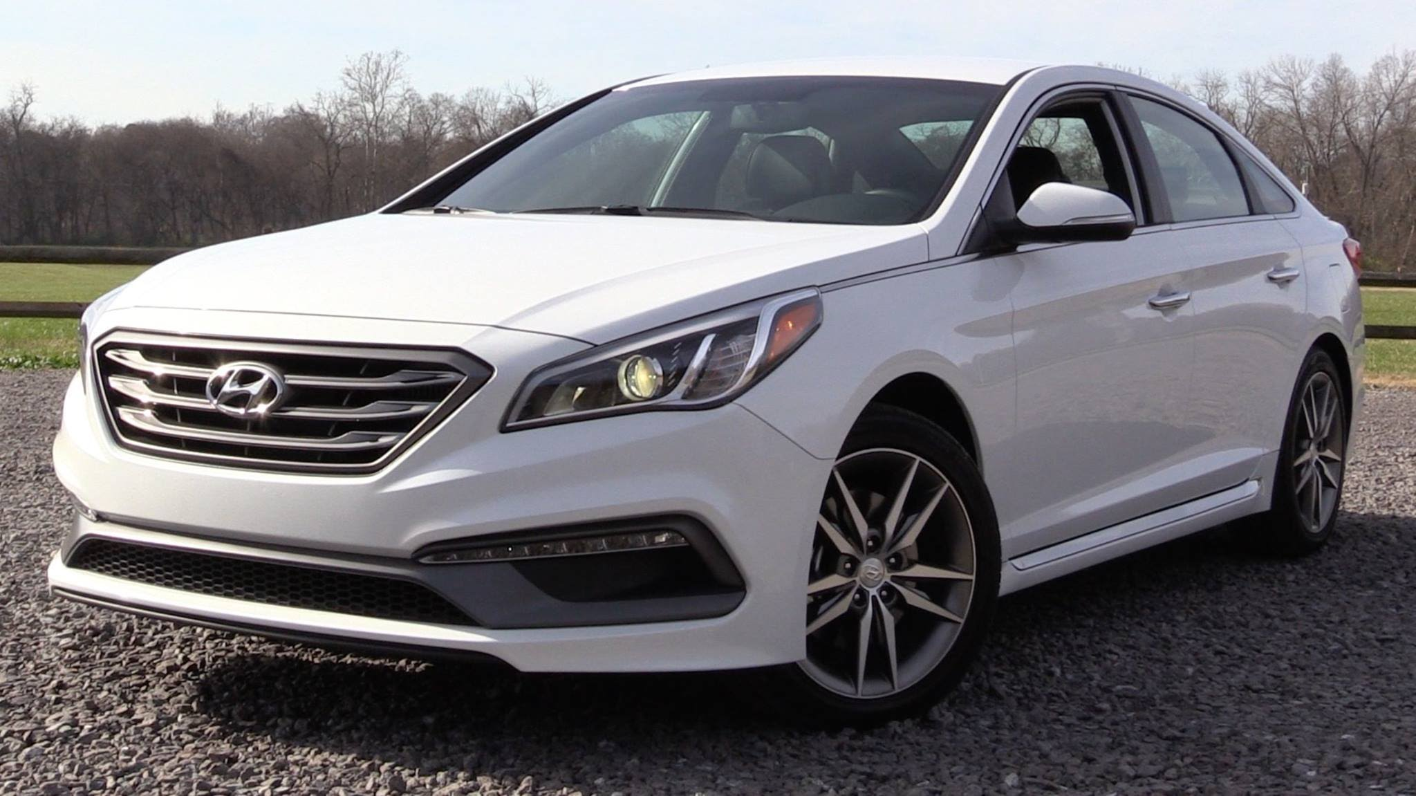 2016 hyundai sonata sport 2 0t review. Black Bedroom Furniture Sets. Home Design Ideas