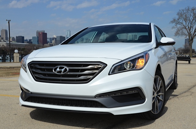 2016 hyundai sonata sport 2 0t windy city review by larry nutson. Black Bedroom Furniture Sets. Home Design Ideas