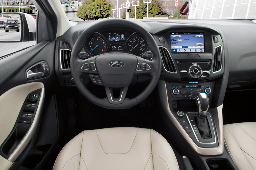 2016 ford focus 5dr hb titanium review by carey russ. Black Bedroom Furniture Sets. Home Design Ideas