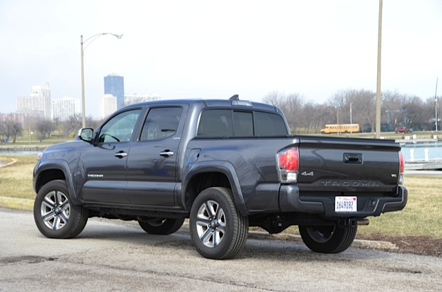 2016 toyota tacoma 4x4 double cab review by larry nutson. Black Bedroom Furniture Sets. Home Design Ideas