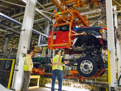 Ford invests 1 6 billion in michigan and ohio plants for Ford motor company jobs dearborn mi