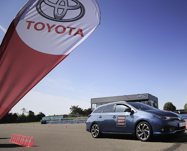 Toyota Safety Package Quot Tss P Quot Wins Top Technology Award