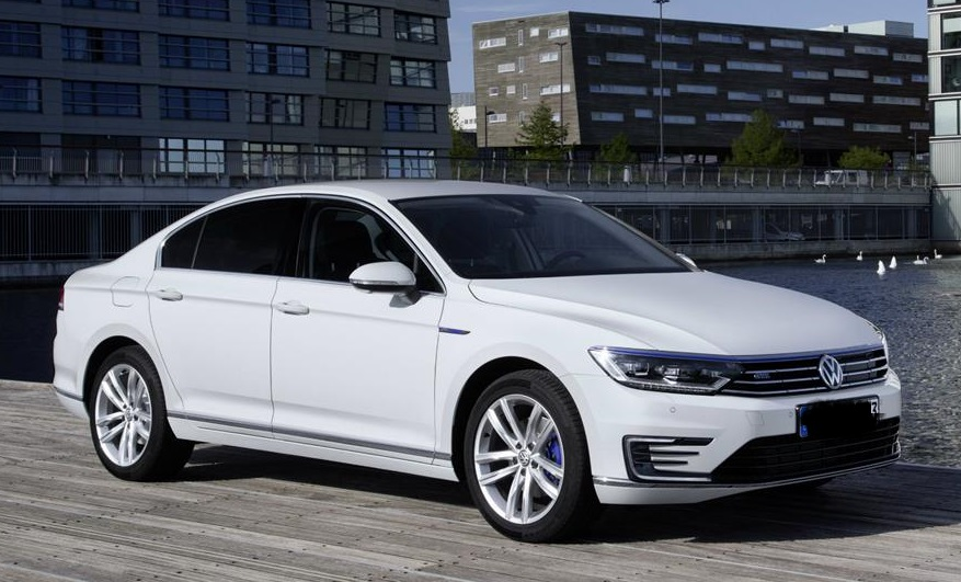 Accord Expert Reviews >> Cars.com Names 2016 Volkswagen Passat Best Midsize Sedan