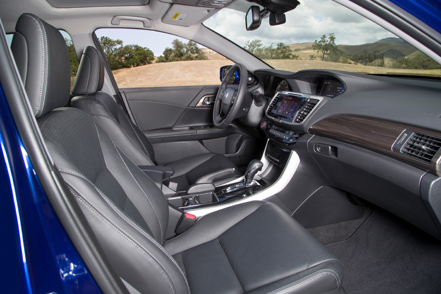 2017 honda accord hybrid america 39 s most sophisticated powerful and fuel efficient midsize. Black Bedroom Furniture Sets. Home Design Ideas