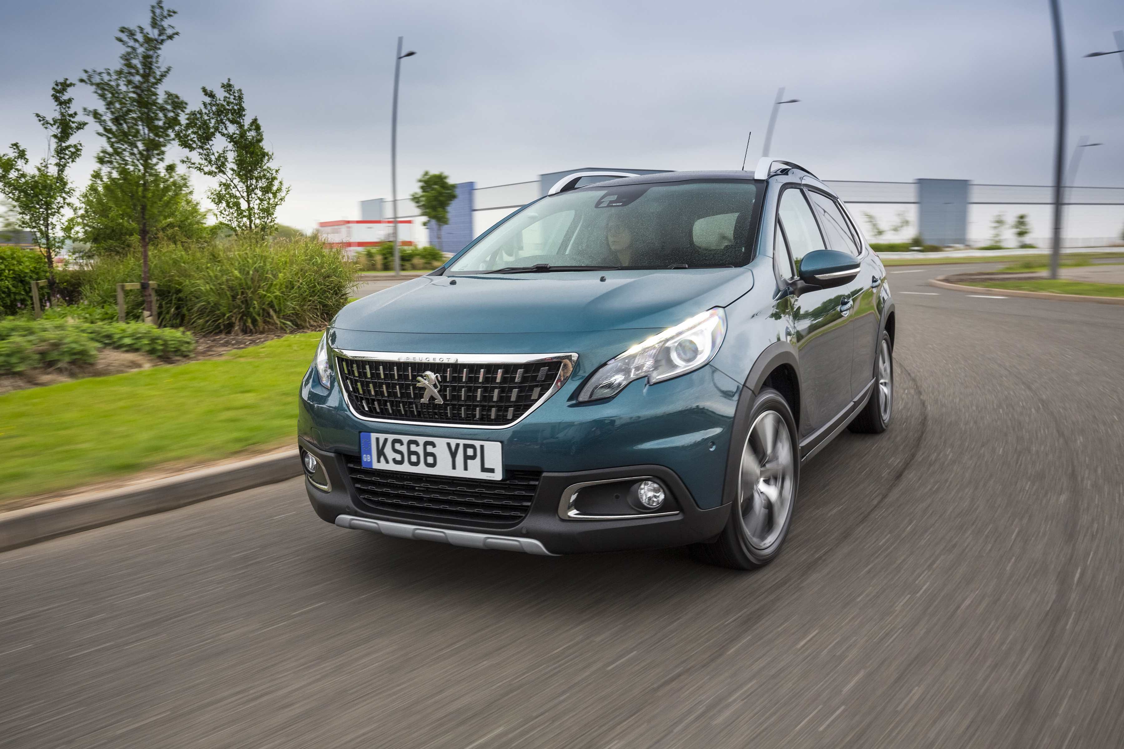 new peugeot 2008 suv the popular and versatile suv offers even more attractive features for. Black Bedroom Furniture Sets. Home Design Ideas