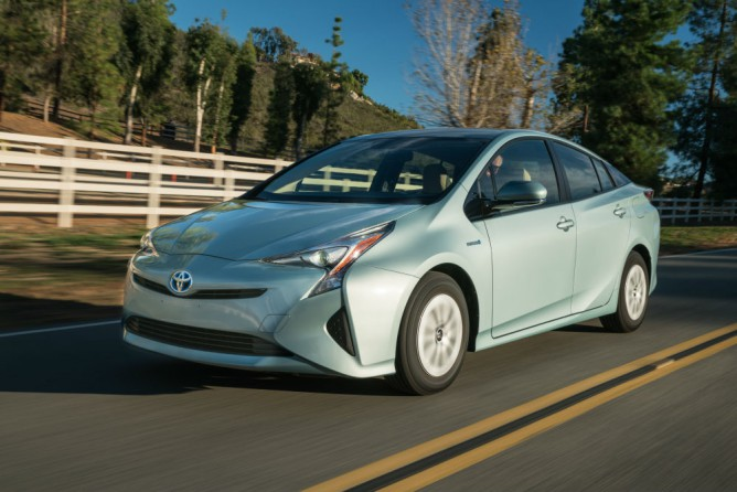 2016 toyota prius three review by steve purdy. Black Bedroom Furniture Sets. Home Design Ideas