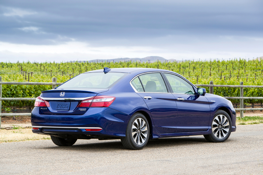 2017 honda accord hybrid touring review by carey russ video. Black Bedroom Furniture Sets. Home Design Ideas