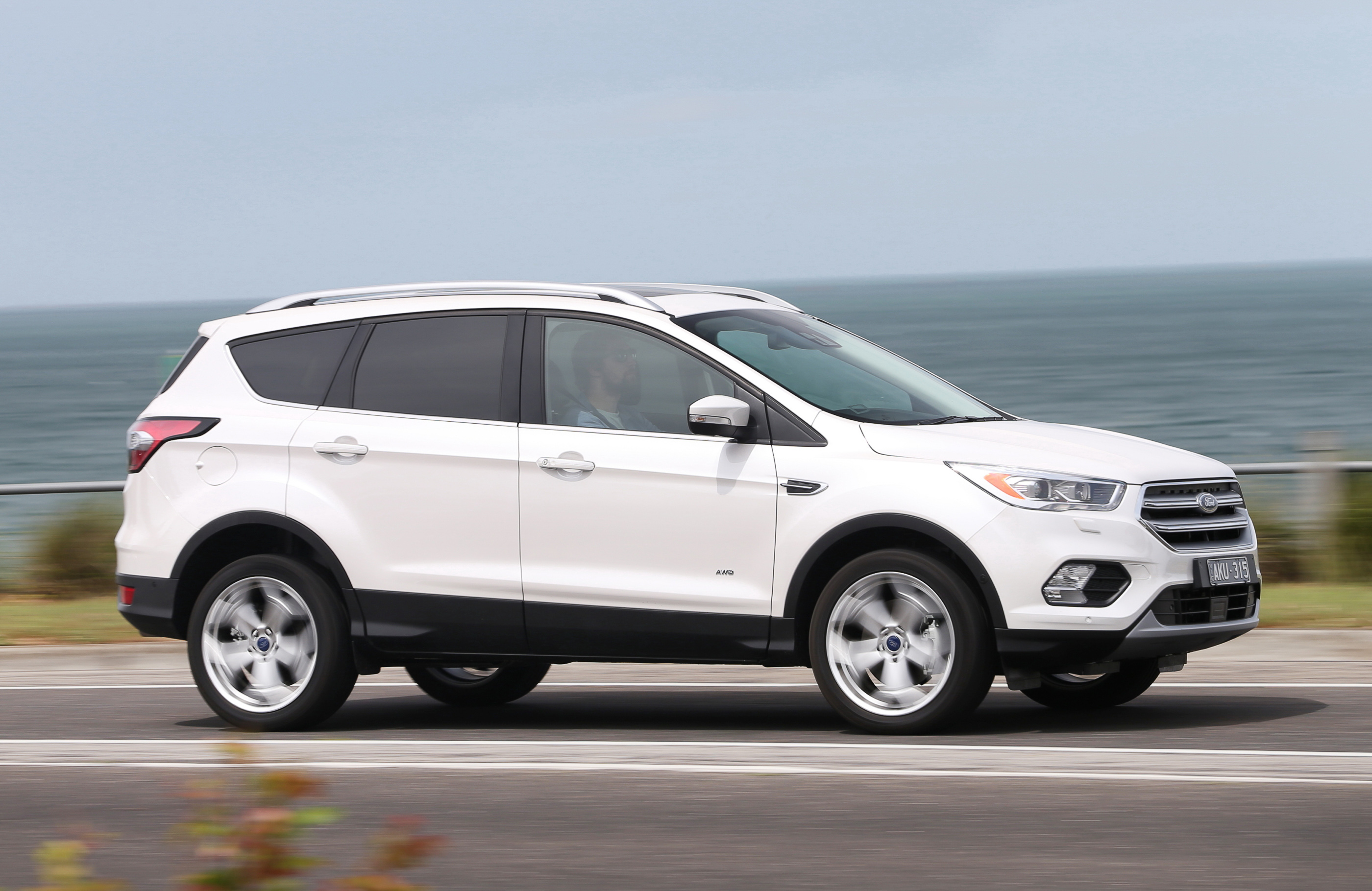 Ford Escape Ecoboost >> HEELS ON WHEELS: 2017 FORD ESCAPE REVIEW