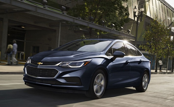 2017 chevrolet cruze diesel sedan sets 52 mpg highway mileage. Black Bedroom Furniture Sets. Home Design Ideas