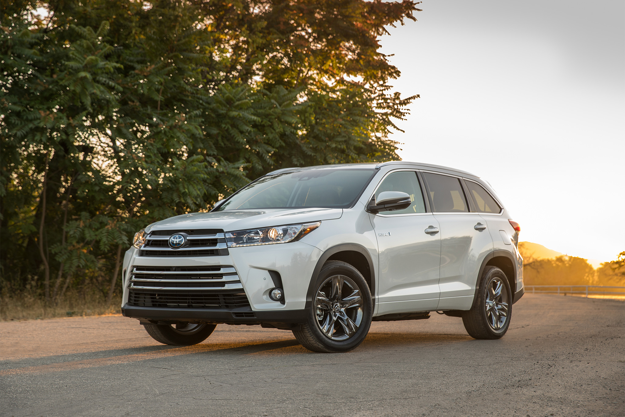 2017 toyota highlander hybrid limited v6 awd review by steve purdy. Black Bedroom Furniture Sets. Home Design Ideas