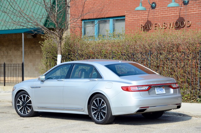 2017 Lincoln Continental Review - Riding in First Class By