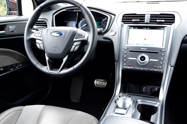 2017 Ford Fusion V6 Sport (select to view enlarged photo)