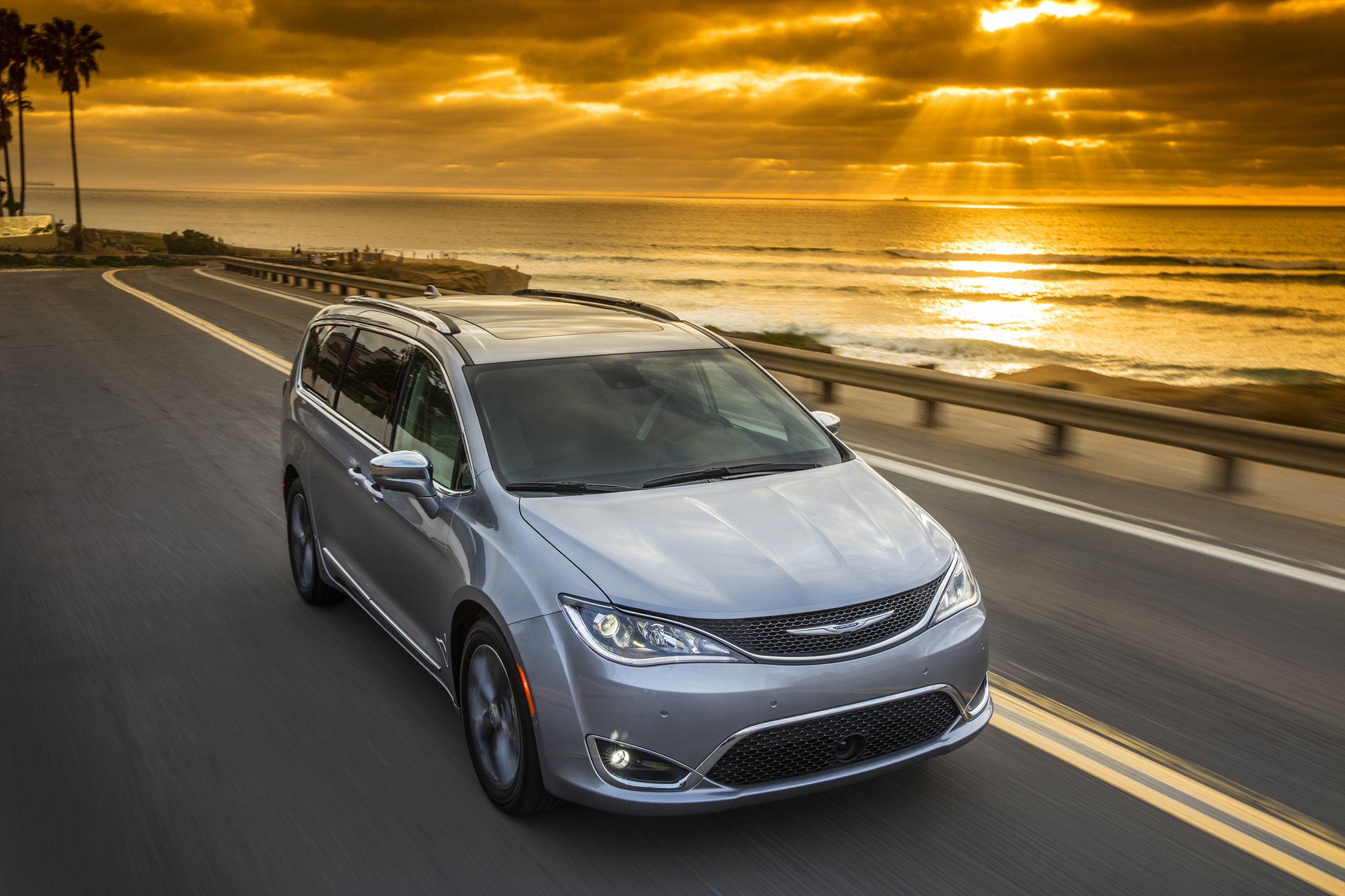 car review heels on wheels 2017 chrysler pacifica review. Cars Review. Best American Auto & Cars Review