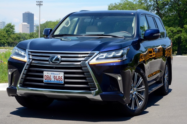 2017 lexus lx 570 4wd living large review by larry nutson. Black Bedroom Furniture Sets. Home Design Ideas