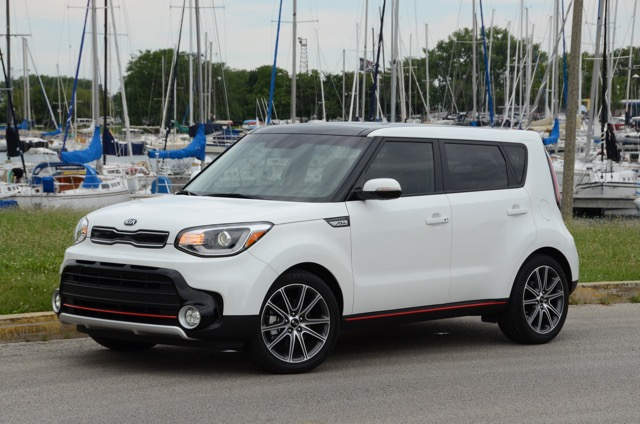 2017 kia soul turbo review by larry nutson. Black Bedroom Furniture Sets. Home Design Ideas