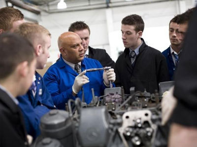 mercedes benz to establish registered apprenticeship