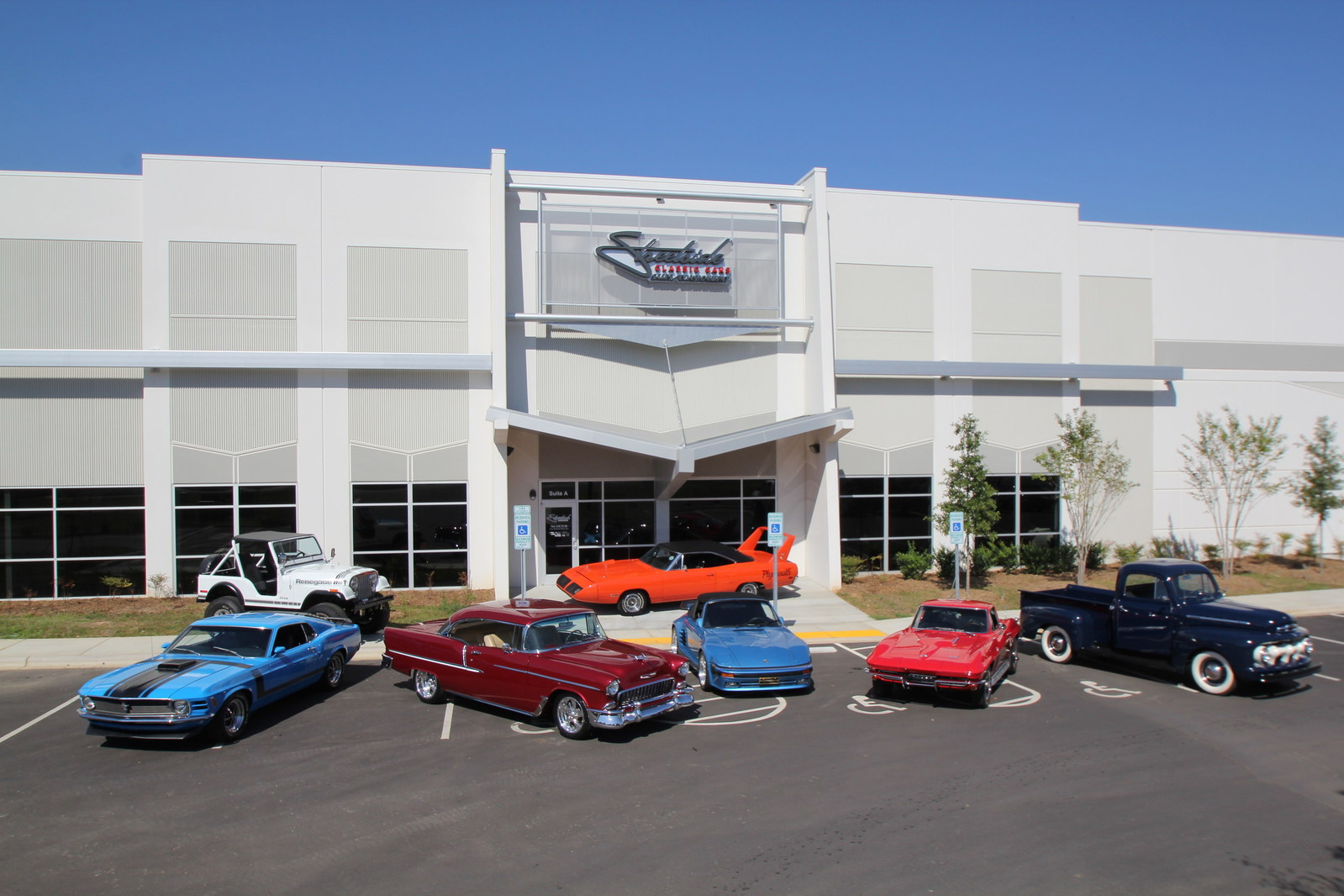 Streetside Classics The Nation 39 S Trusted Consignment Dealer Is Cruising Into Phoenix