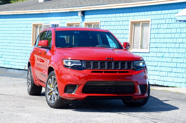 2018 jeep 700hp. perfect 700hp first drive 2018 jeep grand cherokee trackhawk the most practical and  usable 700 hp vehicle ever  review by larry nutson inside jeep 700hp r