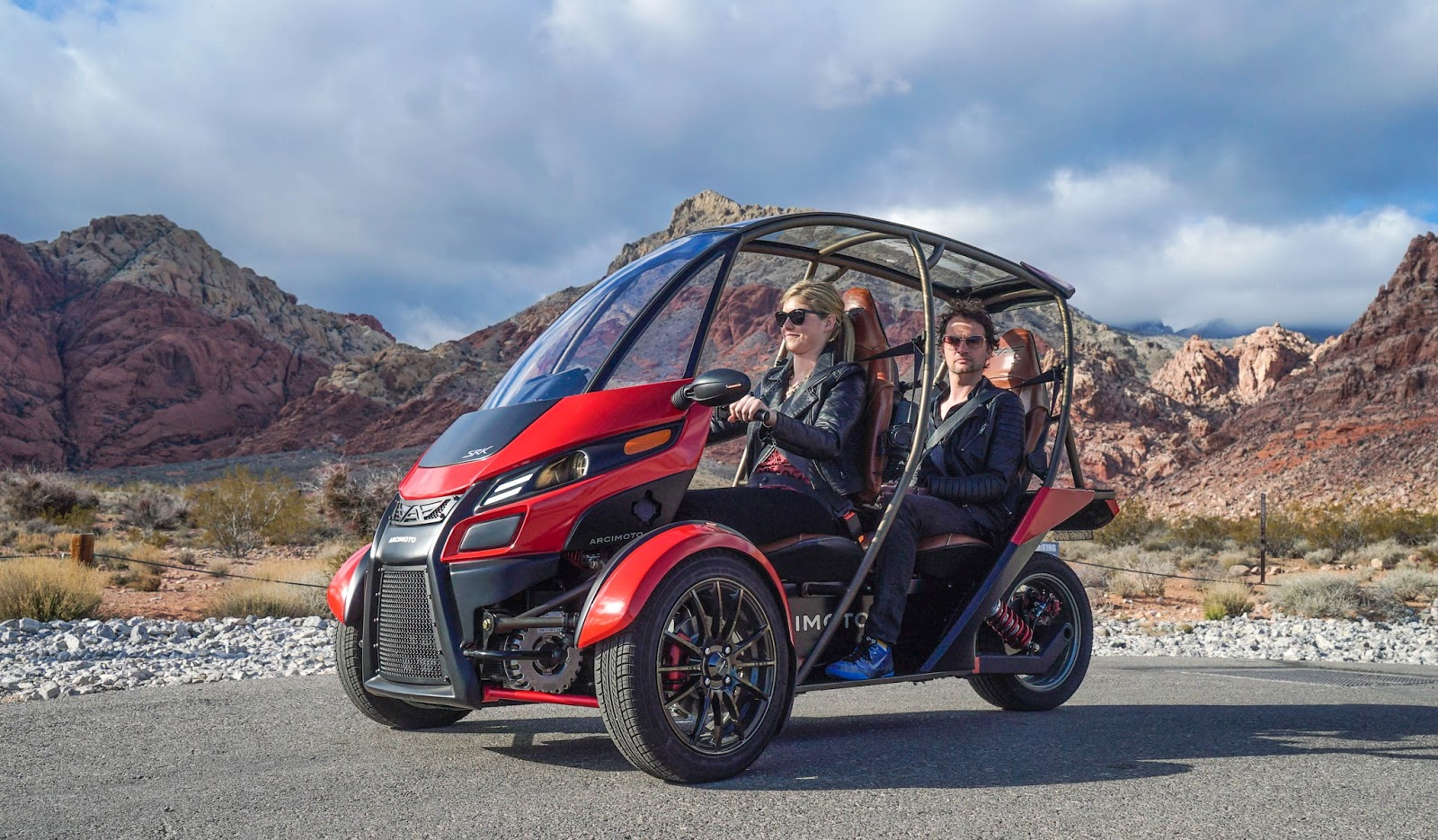 Hula Holdings And Arcimoto Partner To Create Ev Oasis The