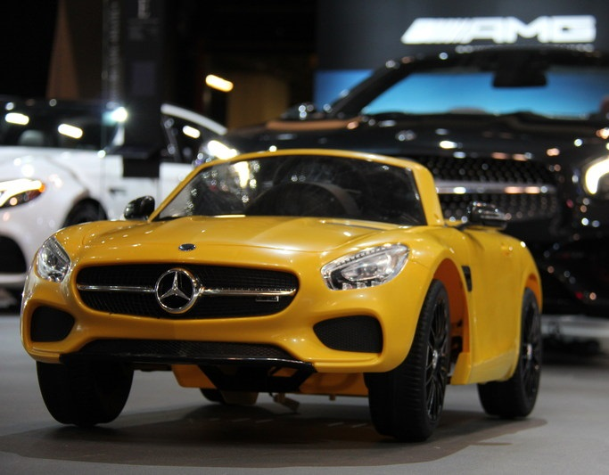 Visit the canadian international auto show on family day for Mercedes benz family discount