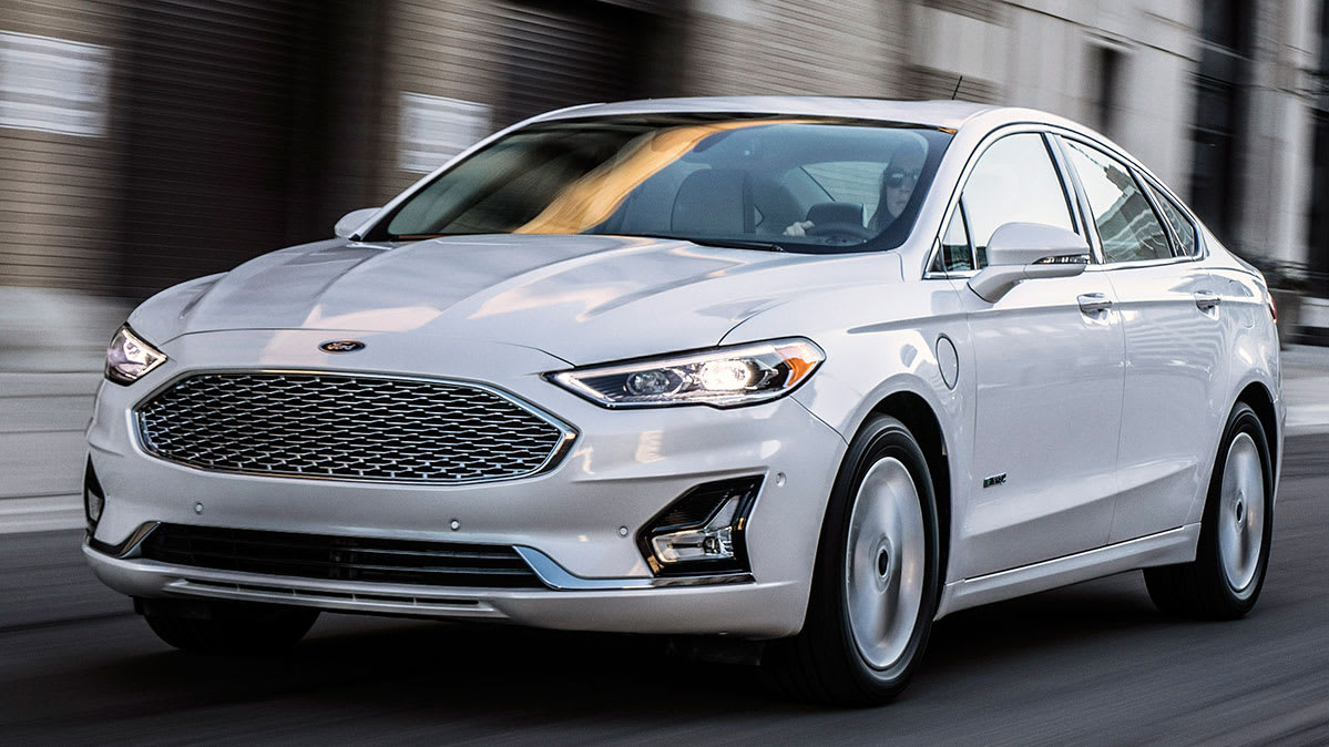 2019 Ford Fusion Platinum Energi Plug In Hybrid Review By John Heilig It S E15 Roved