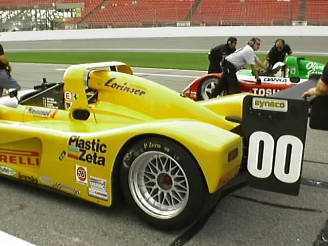 #00 Pirelli/Plastic Zeta/Shell Ferrari 333 SP (Can Am)