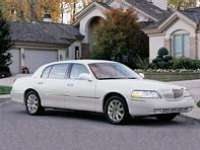 Car Review: 2003 Lincoln Town Car Cartier L