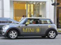 Mini E (Electric) Electrifies Rodeo Drive - VIDEO ENHANCED