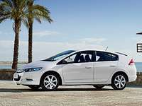 2010 Honda Insight Hybrid Review and Specs